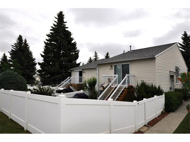 Main Photo: 11454 8 Street SW in Calgary: Southwood House for sale : MLS®# C4017720