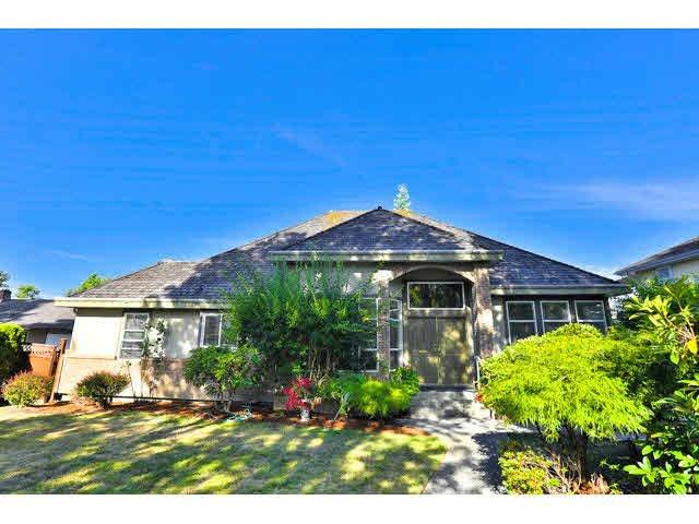 Main Photo: 8029 144 Street in Surrey: Bear Creek Green Timbers House for sale : MLS®# F1450619