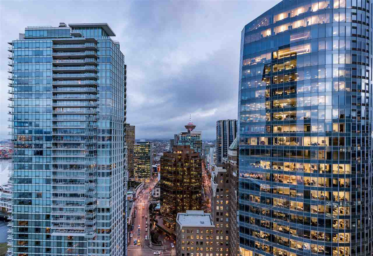 "Main Photo: 2806 1077 W CORDOVA Street in Vancouver: Coal Harbour Condo for sale in ""SHAW TOWER"" (Vancouver West)  : MLS®# R2122909"