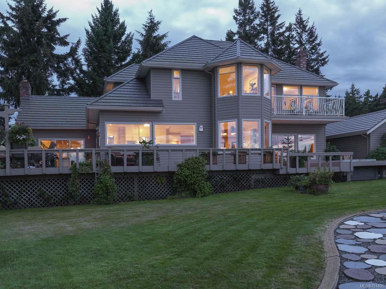 Main Photo: 8062 Harmony Cres in MERVILLE: CV Merville Black Creek House for sale (Comox Valley)  : MLS®# 751495