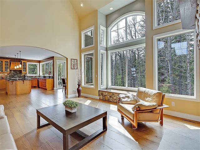 Photo 16: Photos: 18 DISCOVERY RIDGE Heath SW in Calgary: Discovery Ridge House for sale : MLS®# C4110959