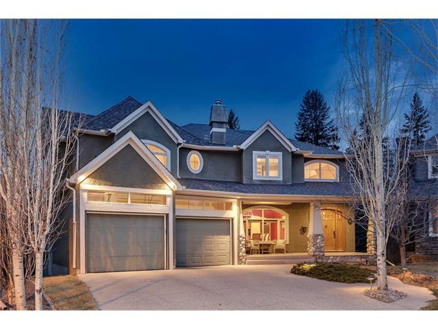 Main Photo: 18 DISCOVERY RIDGE Heath SW in Calgary: Discovery Ridge House for sale : MLS®# C4110959