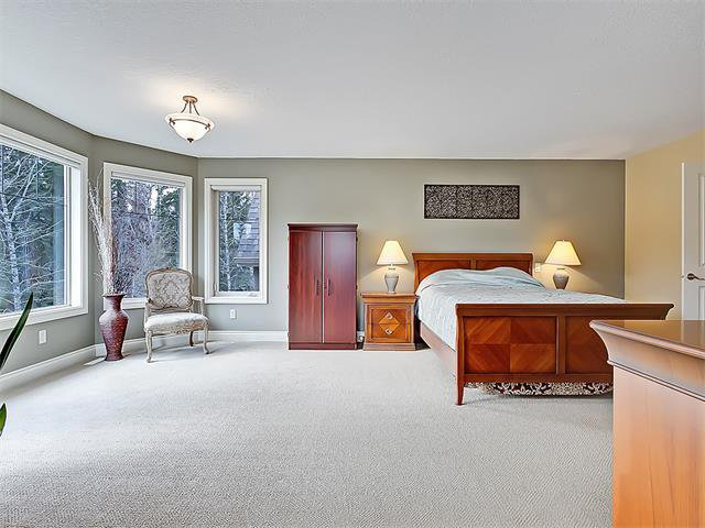 Photo 32: Photos: 18 DISCOVERY RIDGE Heath SW in Calgary: Discovery Ridge House for sale : MLS®# C4110959