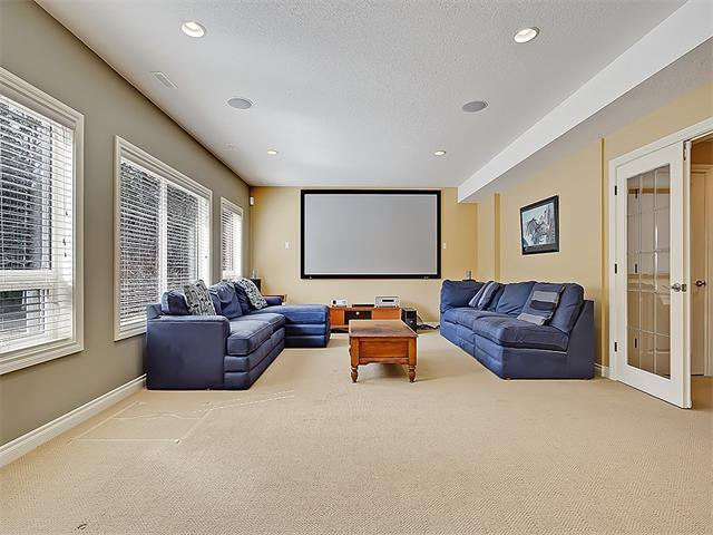 Photo 42: Photos: 18 DISCOVERY RIDGE Heath SW in Calgary: Discovery Ridge House for sale : MLS®# C4110959
