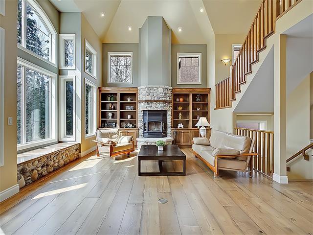 Photo 8: Photos: 18 DISCOVERY RIDGE Heath SW in Calgary: Discovery Ridge House for sale : MLS®# C4110959