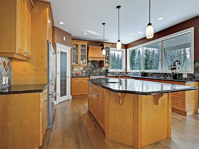 Photo 20: Photos: 18 DISCOVERY RIDGE Heath SW in Calgary: Discovery Ridge House for sale : MLS®# C4110959