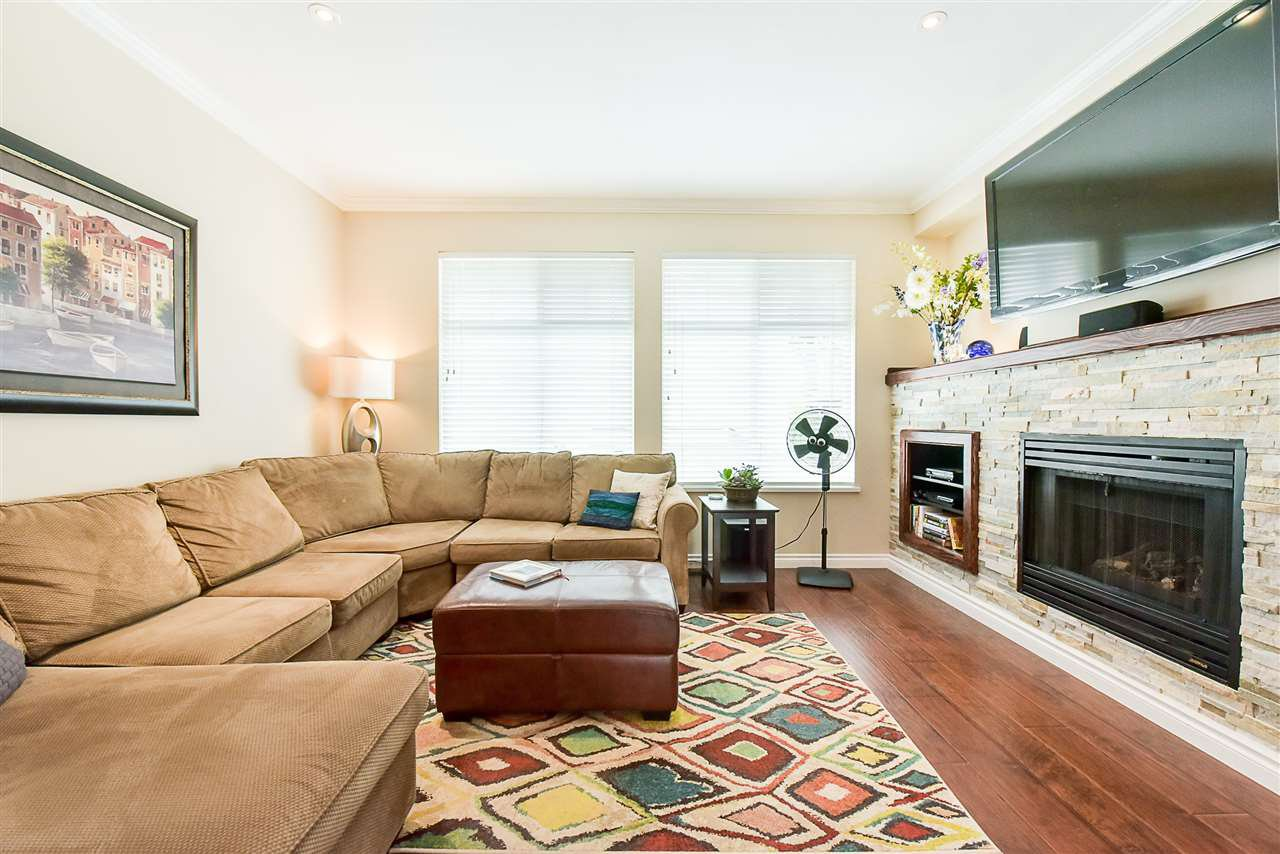 """Main Photo: 15 8383 159 Street in Surrey: Fleetwood Tynehead Townhouse for sale in """"Avalon Woods"""" : MLS®# R2180258"""