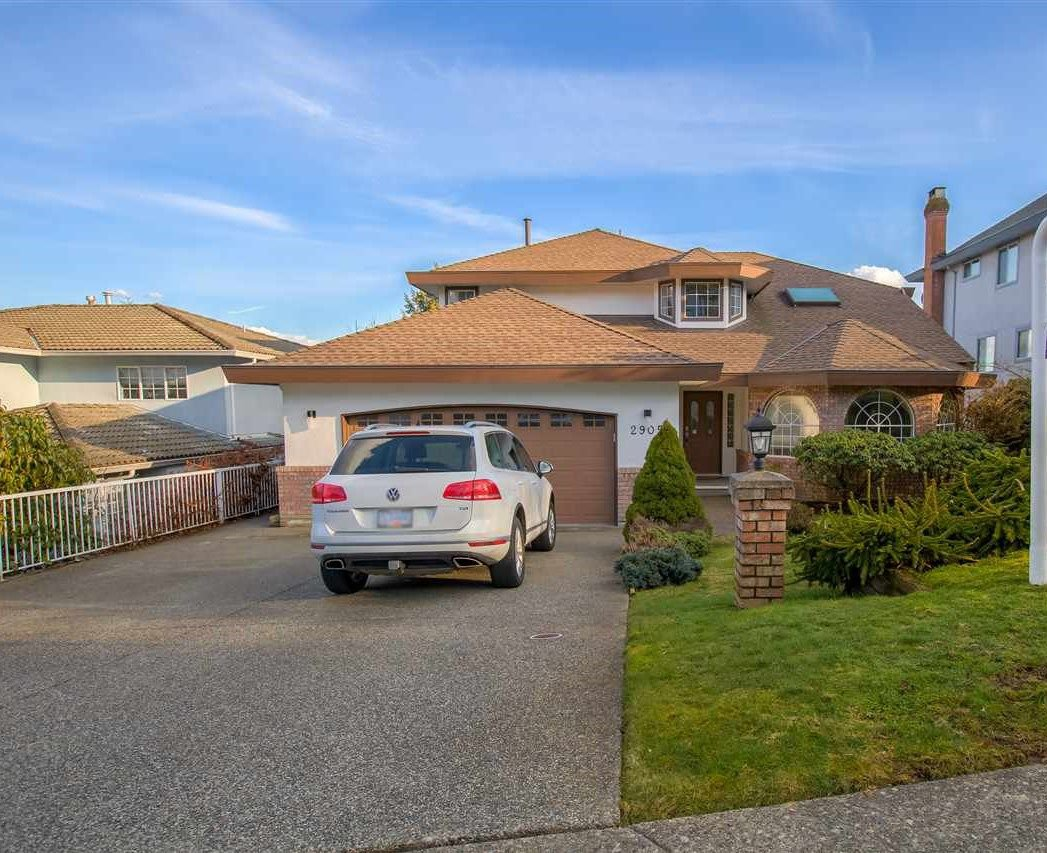 "Main Photo: 2905 KALAMALKA Drive in Coquitlam: Coquitlam East House for sale in ""RIVER HEIGHTS"" : MLS®# R2246775"