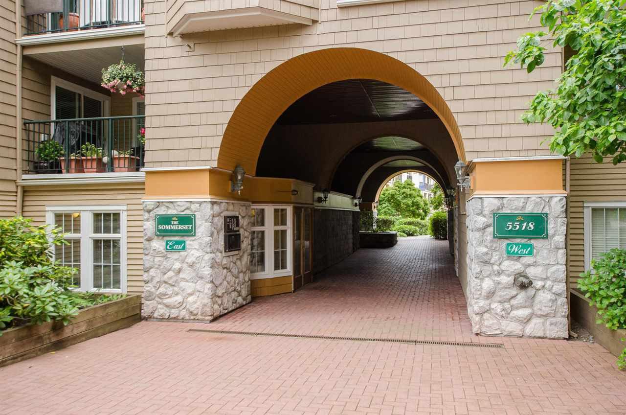 "Photo 3: Photos: 219 5518 14 Avenue in Delta: Cliff Drive Condo for sale in ""WINDSOR WOODS"" (Tsawwassen)  : MLS®# R2310878"