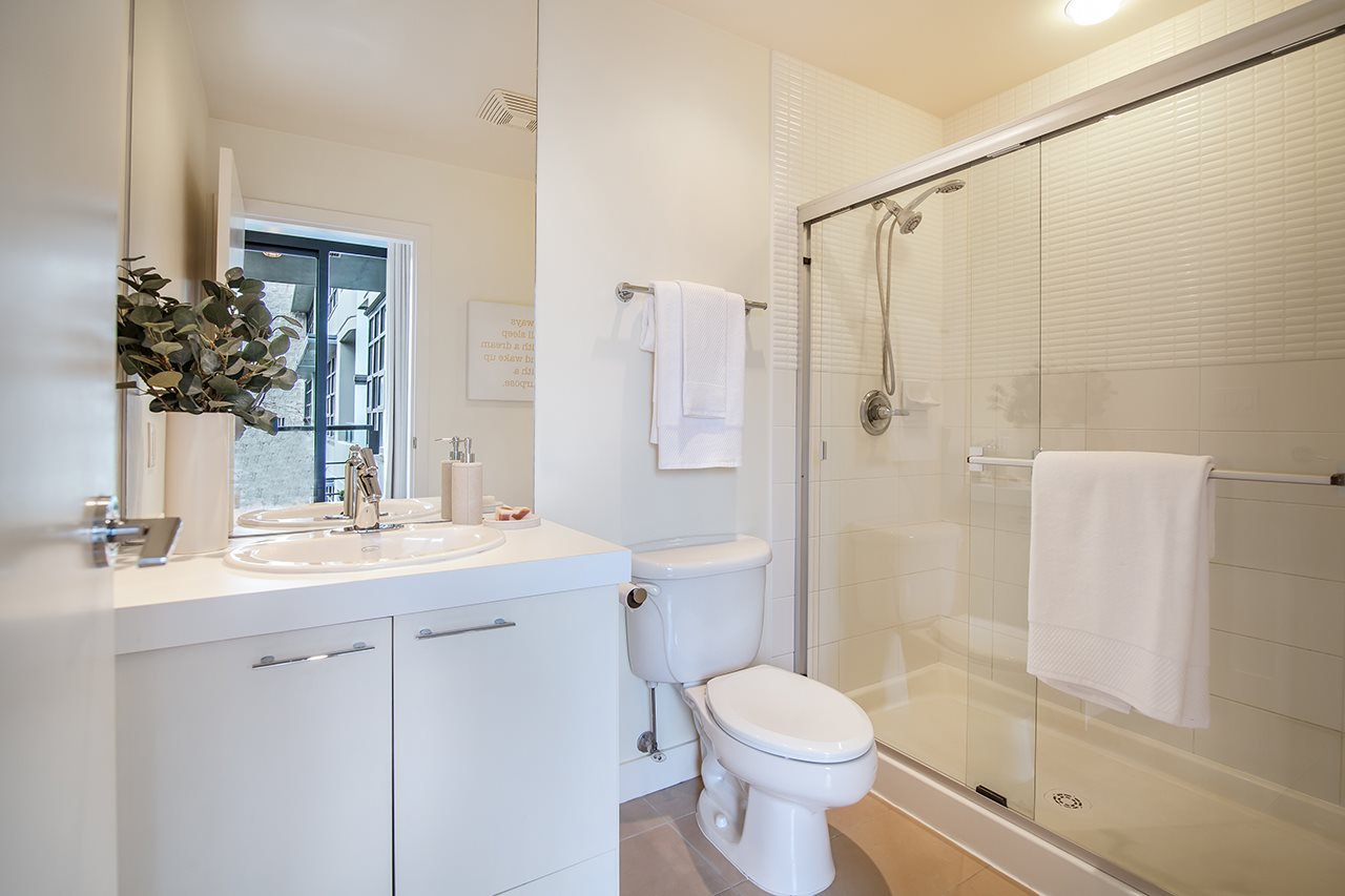 "Photo 14: Photos: 309 2828 YEW Street in Vancouver: Kitsilano Condo for sale in ""Bel-Air"" (Vancouver West)  : MLS®# R2341848"