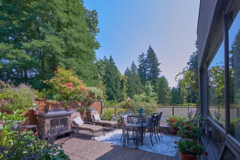 "Main Photo: 104 4900 CARTIER Street in Vancouver: Shaughnessy Condo for sale in ""SHAUGHNESSY PLACE I"" (Vancouver West)  : MLS®# R2347051"