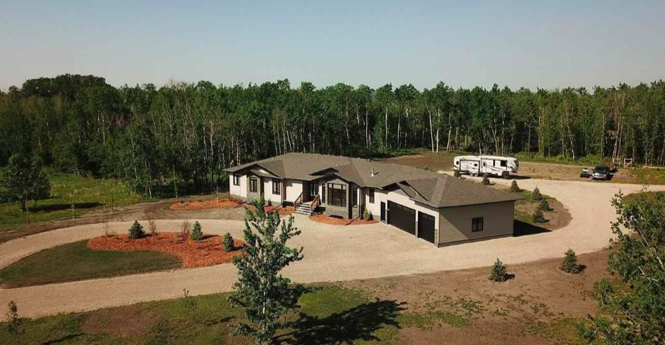 Main Photo: 26555 TWP RD 481: Rural Leduc County House for sale : MLS®# E4147308