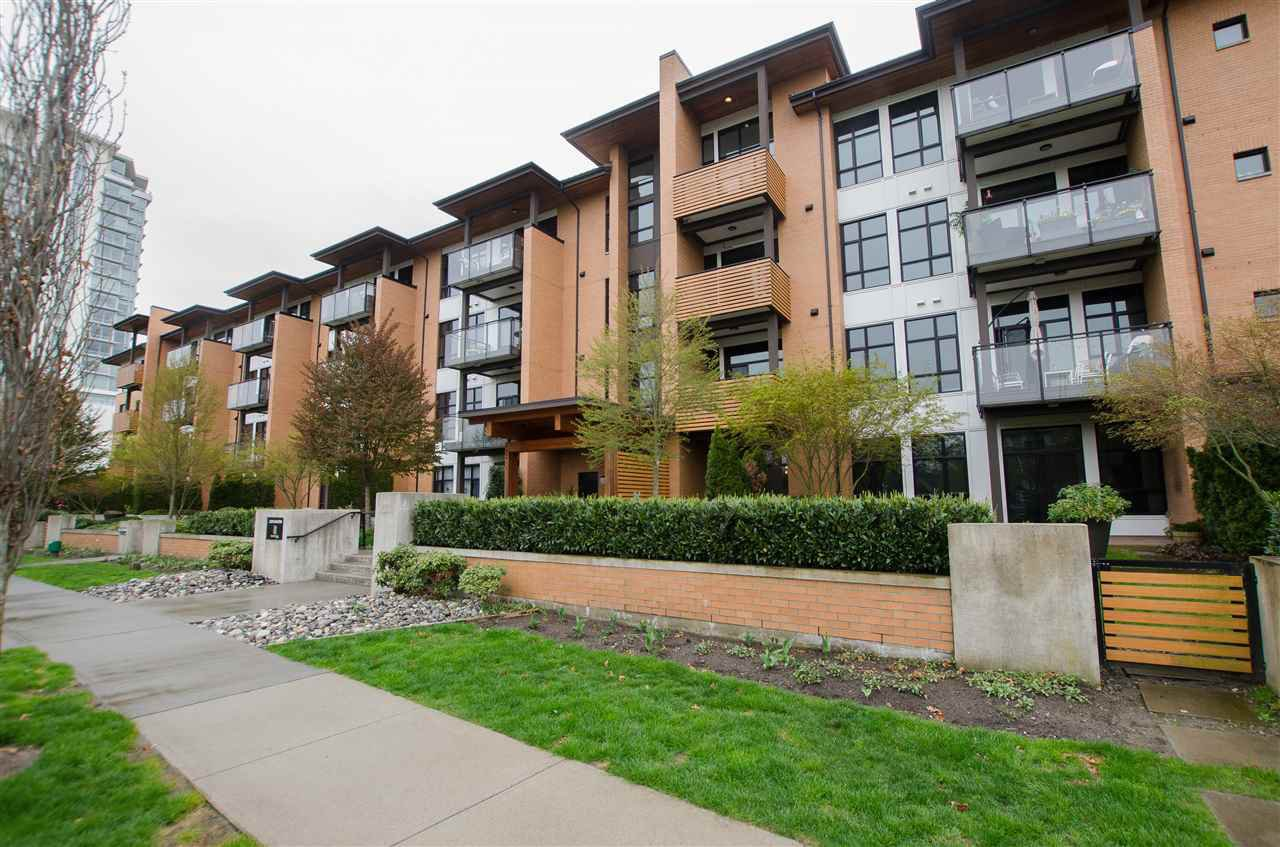 """Photo 20: Photos: 316 220 SALTER Street in New Westminster: Queensborough Condo for sale in """"GLASSHOUSE"""" : MLS®# R2357934"""