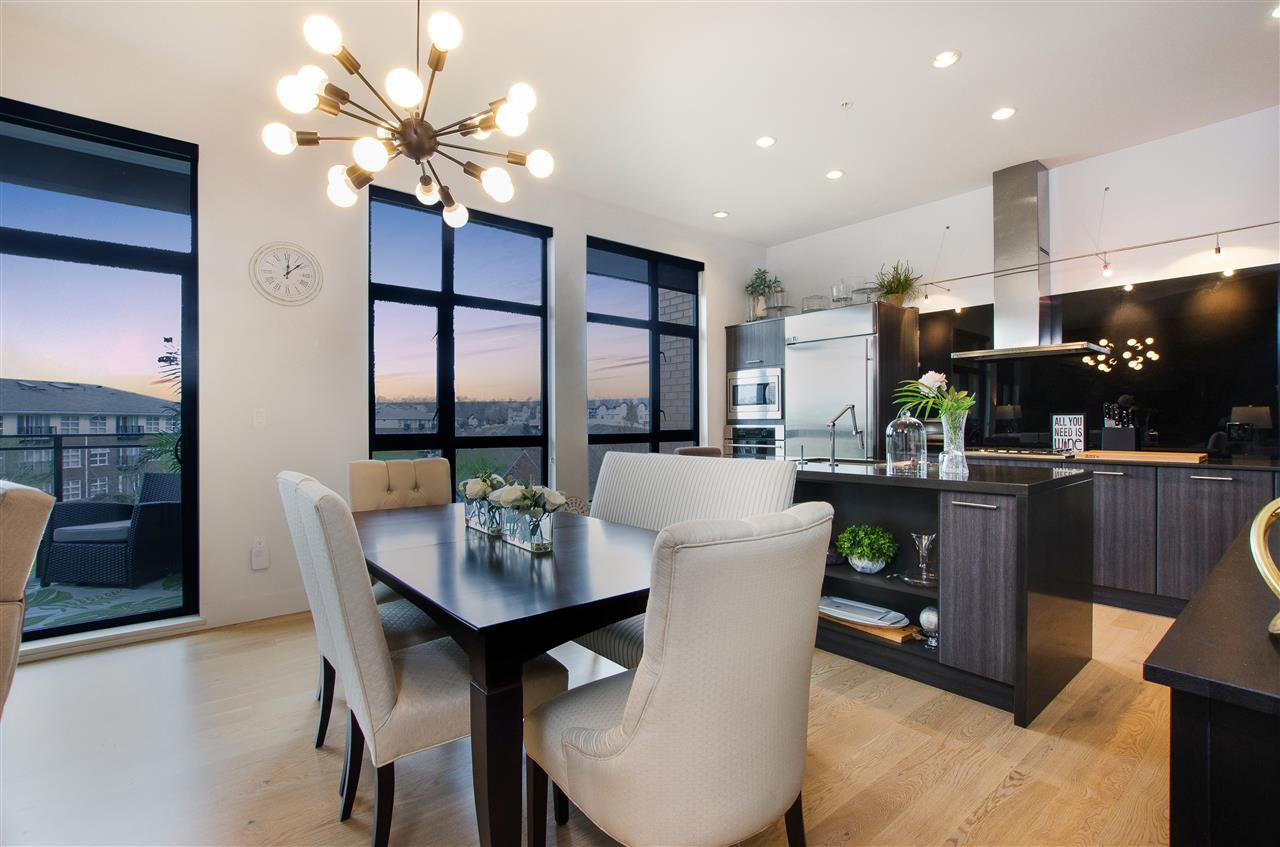 """Photo 4: Photos: 316 220 SALTER Street in New Westminster: Queensborough Condo for sale in """"GLASSHOUSE"""" : MLS®# R2357934"""