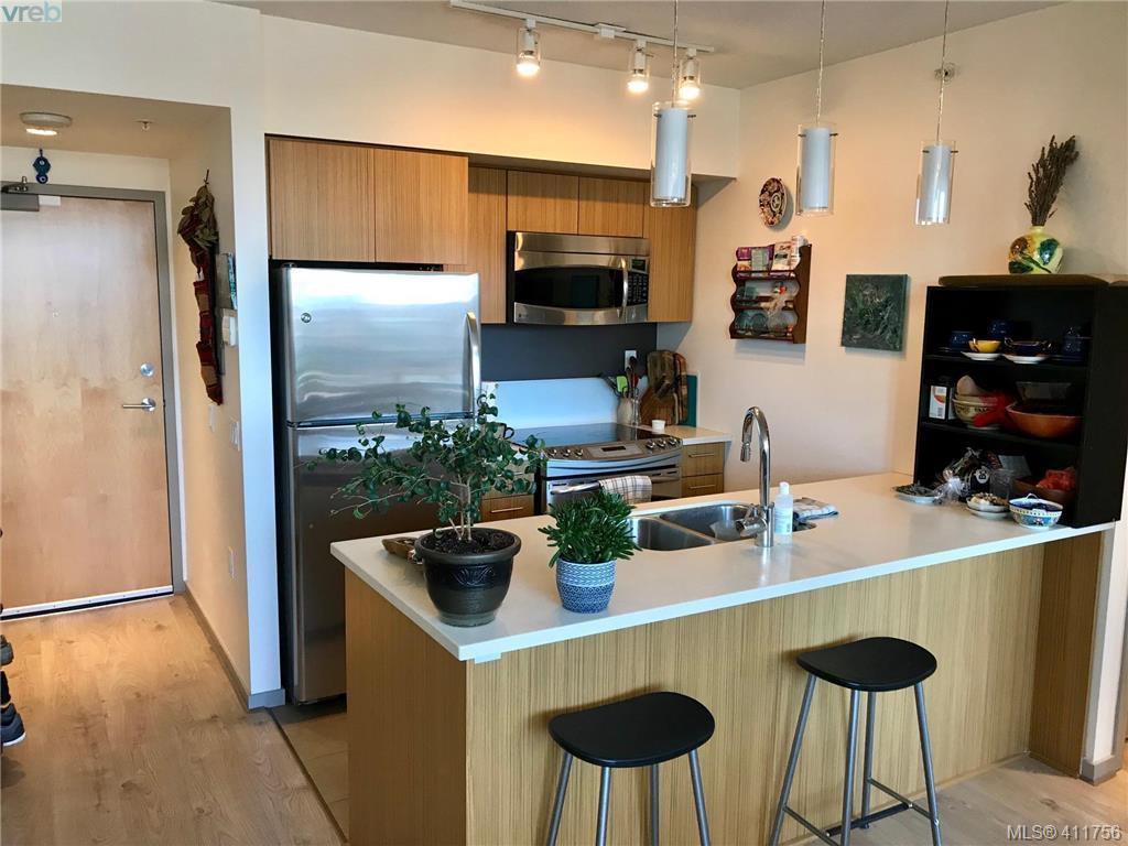 Photo 2: Photos: 501 834 Johnson St in VICTORIA: Vi Downtown Condo for sale (Victoria)  : MLS®# 816352