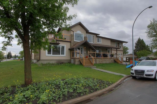 Main Photo: 15403 108 Avenue in Edmonton: Zone 21 House for sale : MLS®# E4161143