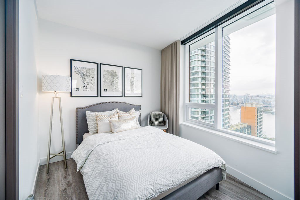 "Photo 11: Photos: 1757 38 SMITHE Street in Vancouver: Downtown VW Condo for sale in ""ONE PACIFIC"" (Vancouver West)  : MLS®# R2388568"