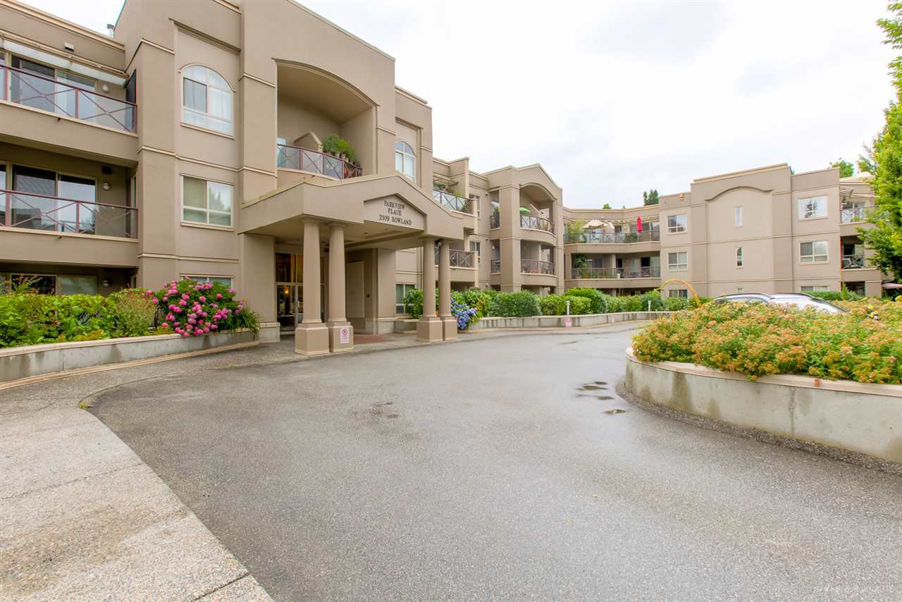 "Main Photo: 329 2109 ROWLAND Street in Port Coquitlam: Central Pt Coquitlam Condo for sale in ""PARKVIEW PLACE"" : MLS®# R2405294"