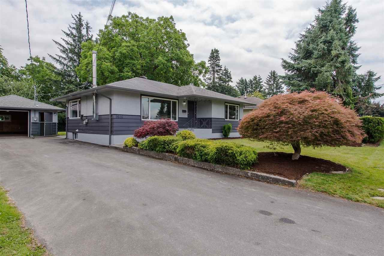 Main Photo: 9616 WINDSOR Street in Chilliwack: Chilliwack E Young-Yale House for sale : MLS®# R2424515