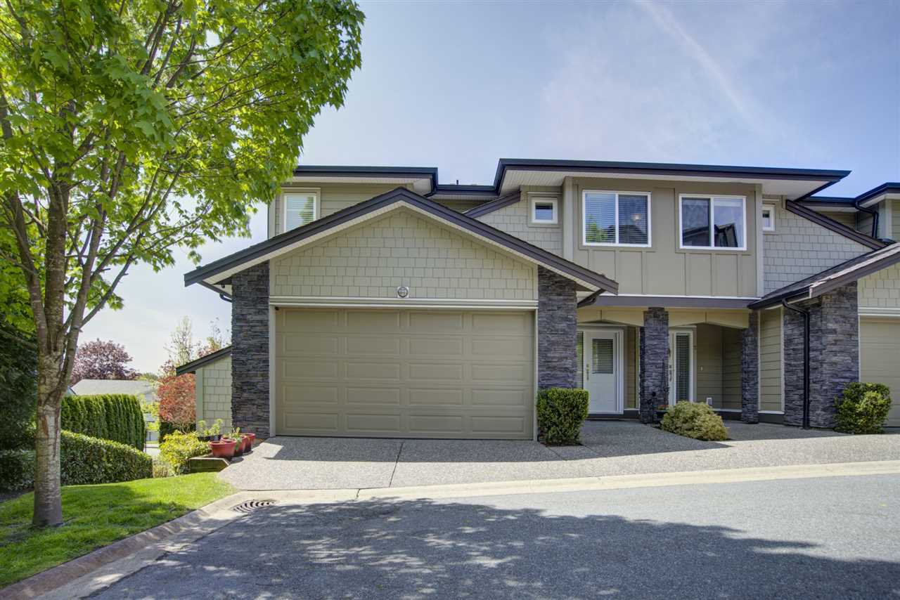 """Main Photo: 8 22865 TELOSKY Avenue in Maple Ridge: East Central Townhouse for sale in """"WINDSONG"""" : MLS®# R2454339"""