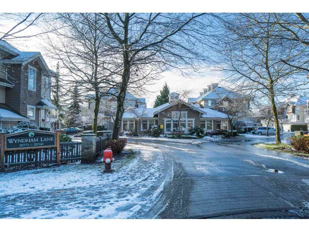 """Main Photo: 35 20771 DUNCAN Way in Langley: Langley City Townhouse for sale in """"Wyndham Lane"""" : MLS®# R2524848"""