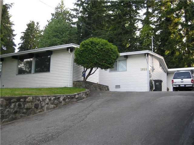 """Main Photo: 1922 WARWICK in Port Coquitlam: Mary Hill House for sale in """"Mary Hill"""" : MLS®# V903188"""