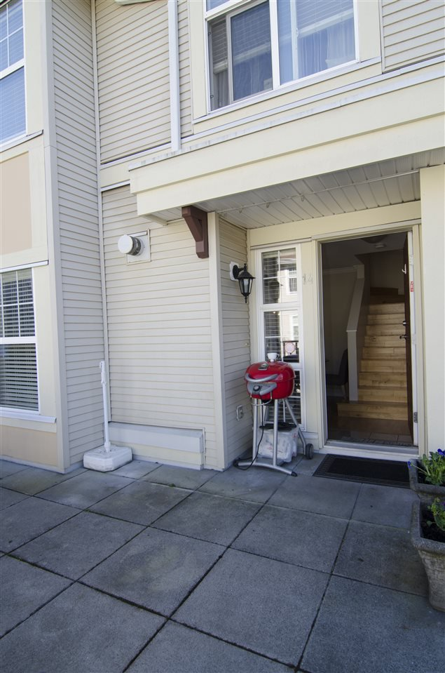 """Photo 14: Photos: 14 7071 EDMONDS Street in Burnaby: Highgate Townhouse for sale in """"ASHBURY"""" (Burnaby South)  : MLS®# R2046752"""