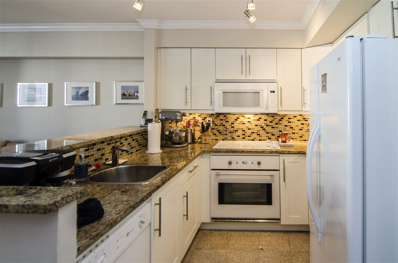 """Photo 3: Photos: 14 7071 EDMONDS Street in Burnaby: Highgate Townhouse for sale in """"ASHBURY"""" (Burnaby South)  : MLS®# R2046752"""