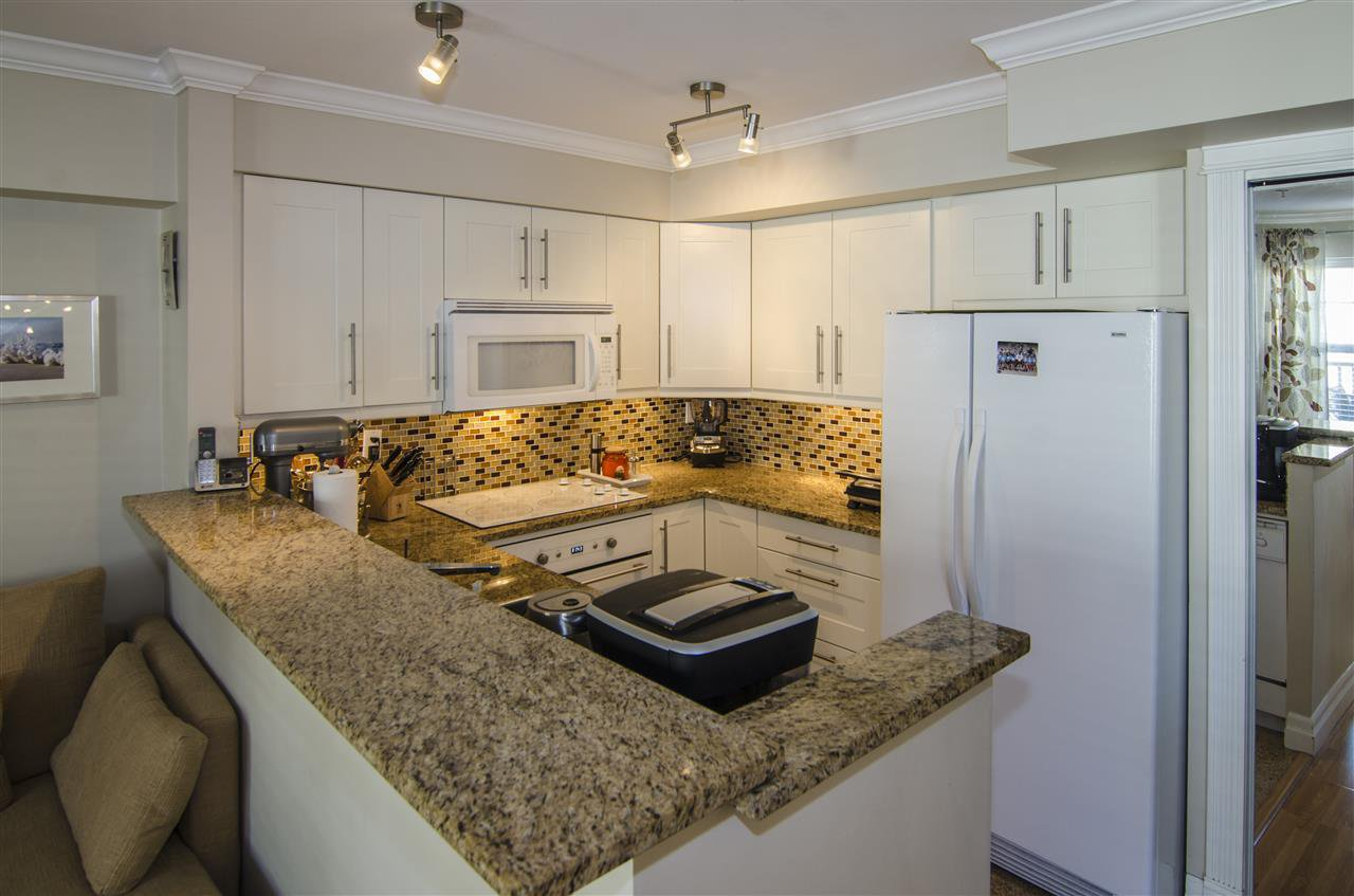 """Photo 4: Photos: 14 7071 EDMONDS Street in Burnaby: Highgate Townhouse for sale in """"ASHBURY"""" (Burnaby South)  : MLS®# R2046752"""