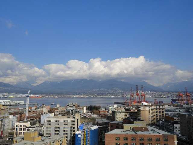 "Main Photo: 2005 550 TAYLOR Street in Vancouver: Downtown VW Condo for sale in ""Taylor"" (Vancouver West)  : MLS®# R2073909"