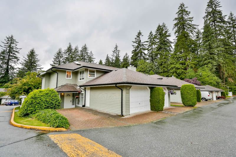 """Main Photo: 2886 MT SEYMOUR Parkway in North Vancouver: Blueridge NV Townhouse for sale in """"MCCARTNEY LANE"""" : MLS®# R2080201"""