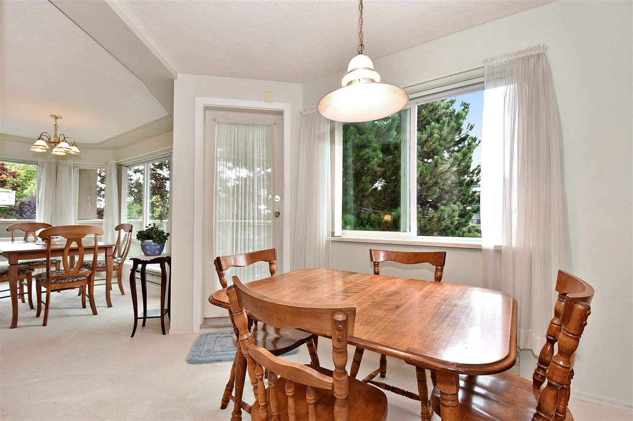 """Photo 12: Photos: 254 8611 ACKROYD Road in Richmond: Brighouse Condo for sale in """"TIFFANY GRAND"""" : MLS®# R2127148"""
