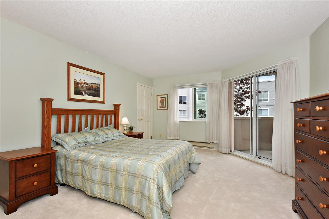 """Photo 13: Photos: 254 8611 ACKROYD Road in Richmond: Brighouse Condo for sale in """"TIFFANY GRAND"""" : MLS®# R2127148"""