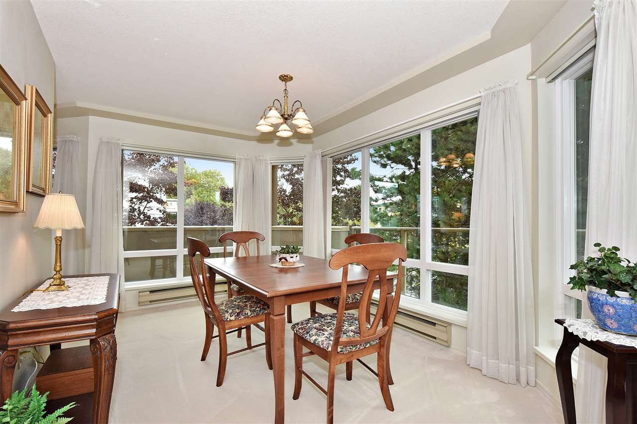 """Photo 8: Photos: 254 8611 ACKROYD Road in Richmond: Brighouse Condo for sale in """"TIFFANY GRAND"""" : MLS®# R2127148"""