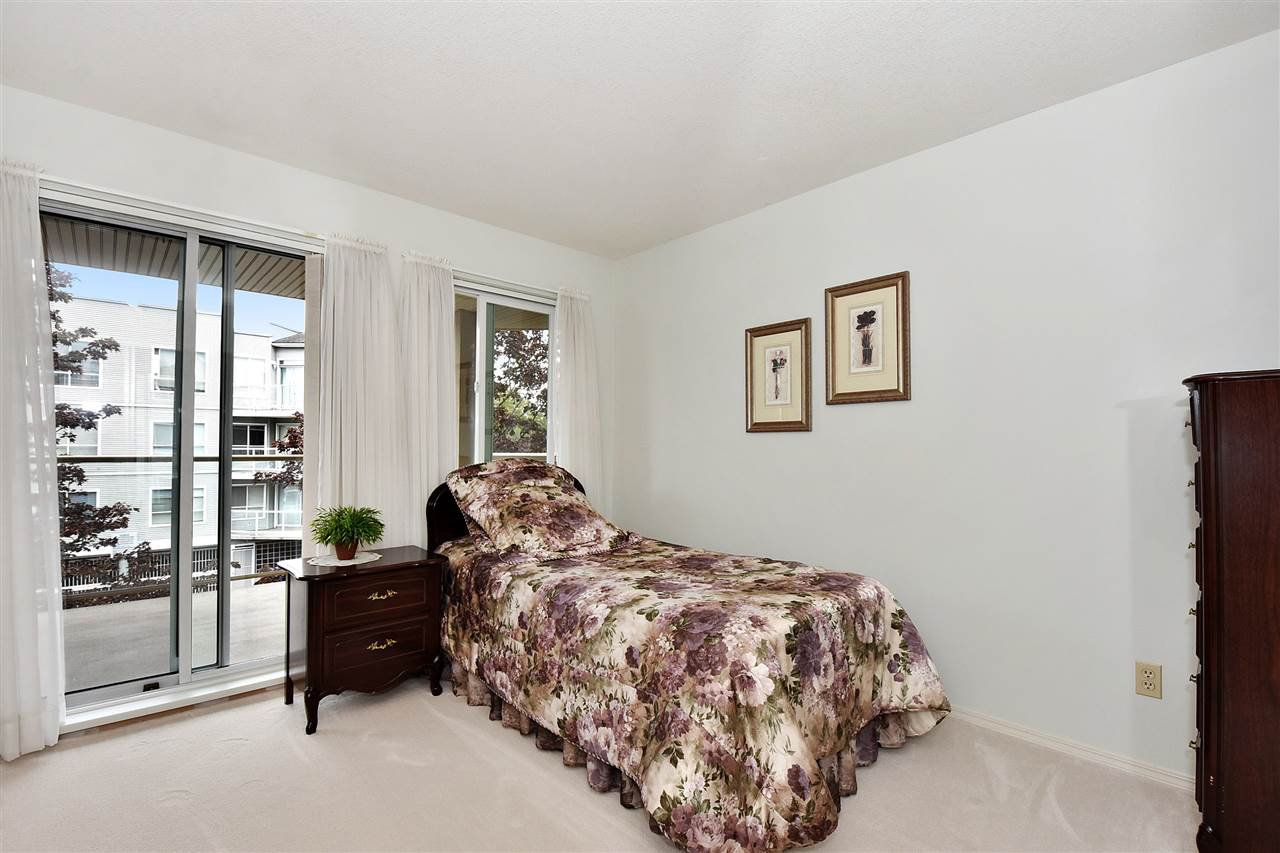 """Photo 16: Photos: 254 8611 ACKROYD Road in Richmond: Brighouse Condo for sale in """"TIFFANY GRAND"""" : MLS®# R2127148"""