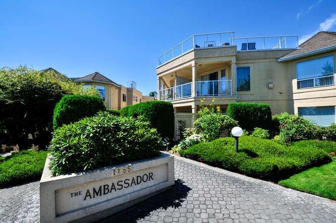 "Main Photo: 305 1255 BEST Street: White Rock Condo for sale in ""Ambassador"" (South Surrey White Rock)  : MLS®# R2144778"