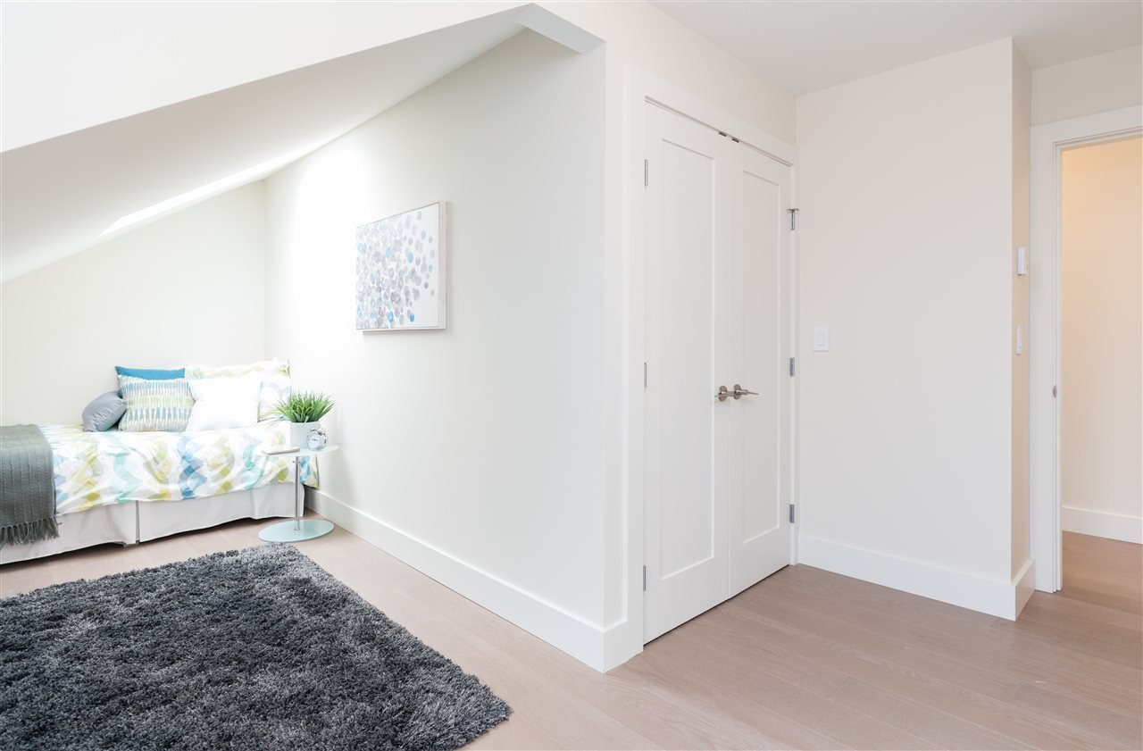 Photo 11: Photos: 3768 W 12TH Avenue in Vancouver: Point Grey House for sale (Vancouver West)  : MLS®# R2152288