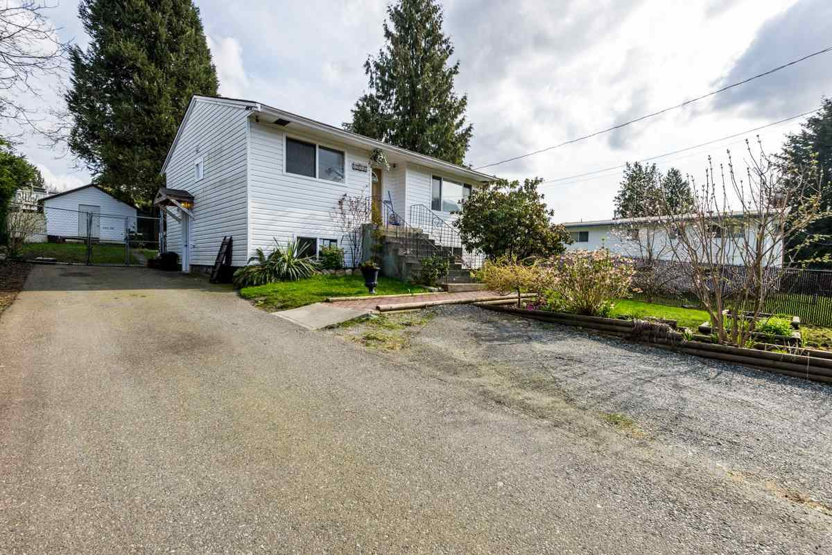 Main Photo: 13646 BENTLEY Road in Surrey: Bolivar Heights House for sale (North Surrey)  : MLS®# R2154583