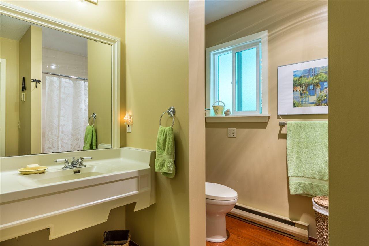 Photo 15: Photos: 8594 REDROOFFS Road in Halfmoon Bay: Halfmn Bay Secret Cv Redroofs House for sale (Sunshine Coast)  : MLS®# R2177411