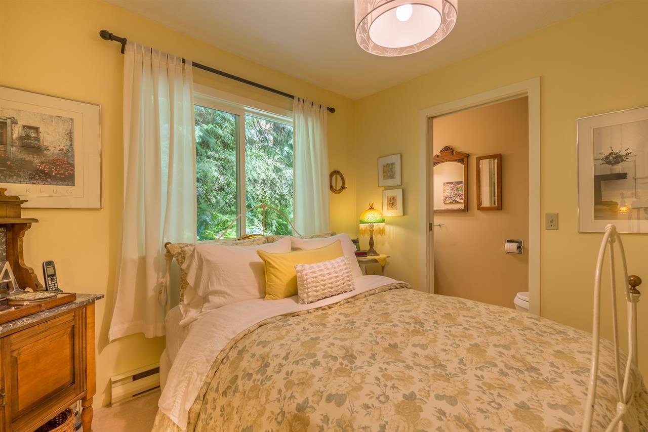 Photo 13: Photos: 8594 REDROOFFS Road in Halfmoon Bay: Halfmn Bay Secret Cv Redroofs House for sale (Sunshine Coast)  : MLS®# R2177411
