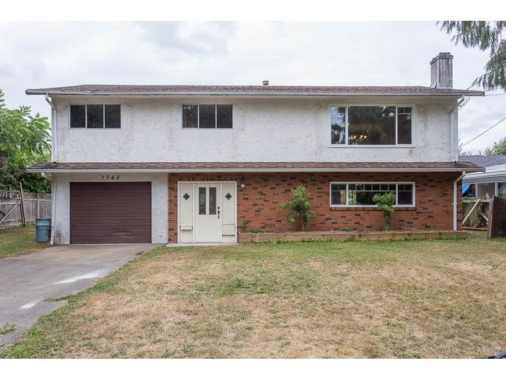"Main Photo: 7743 SANDPIPER Drive in Mission: Mission BC House for sale in ""West Heights"" : MLS®# R2198601"