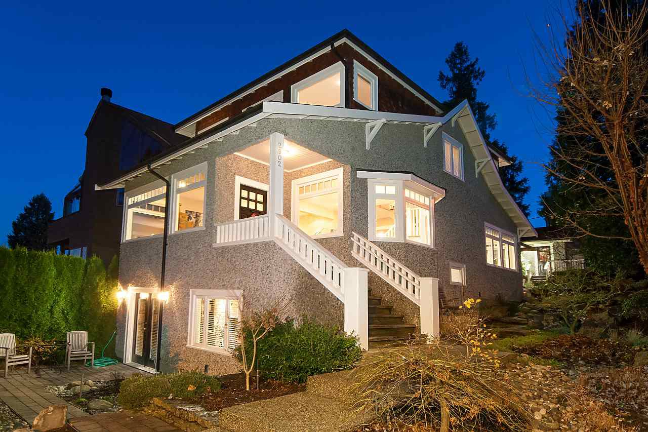 Photo 2: Photos: 2902 ALMA Street in Vancouver: Point Grey House for sale (Vancouver West)  : MLS®# R2234158