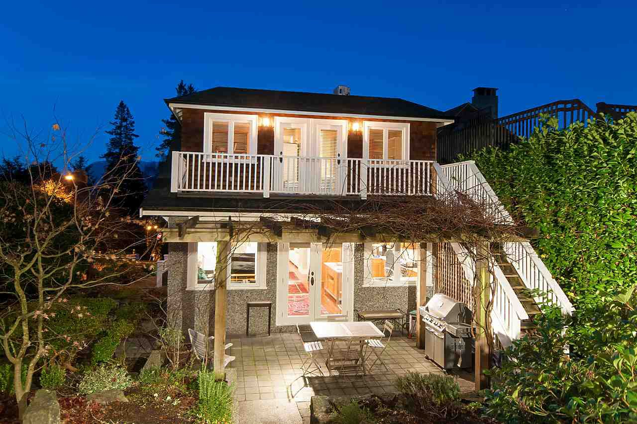Photo 18: Photos: 2902 ALMA Street in Vancouver: Point Grey House for sale (Vancouver West)  : MLS®# R2234158