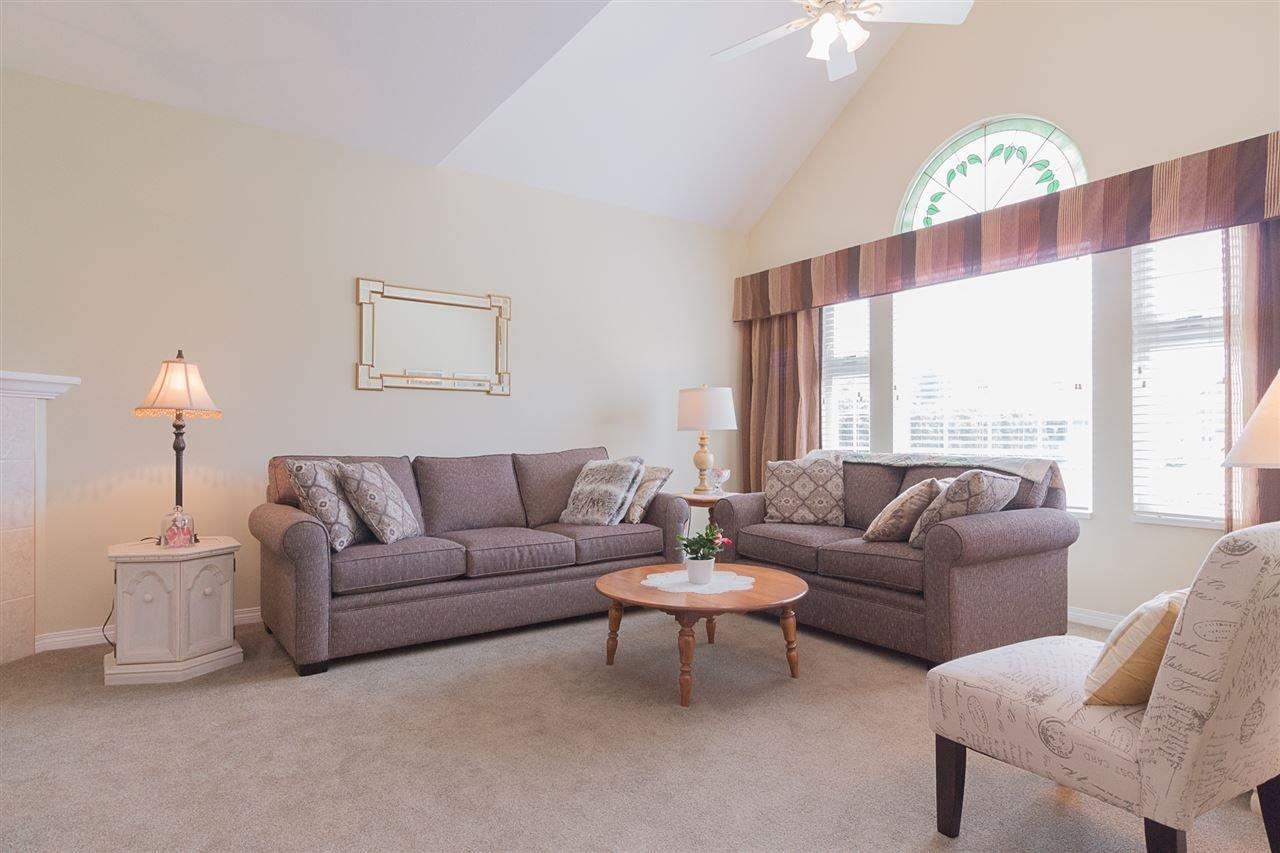 Photo 4: Photos: 46007 HIGGINSON Road in Sardis: Sardis East Vedder Rd House for sale : MLS®# R2252891