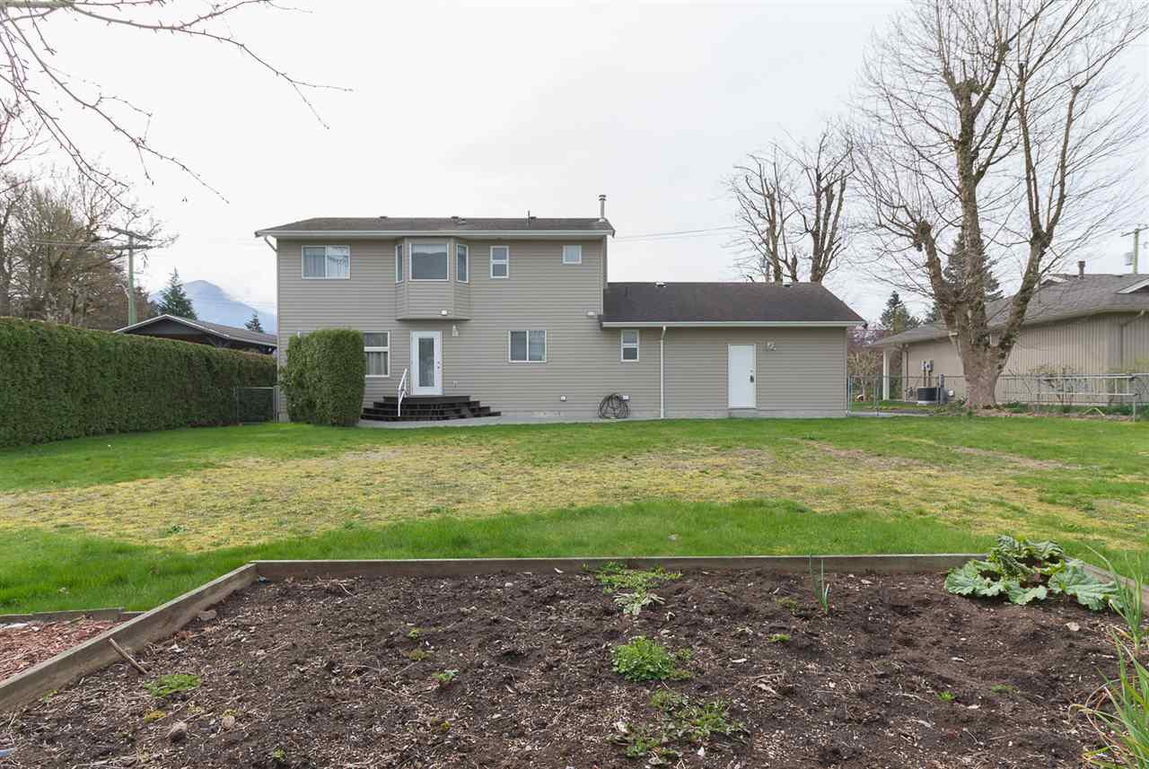 Photo 19: Photos: 46007 HIGGINSON Road in Sardis: Sardis East Vedder Rd House for sale : MLS®# R2252891