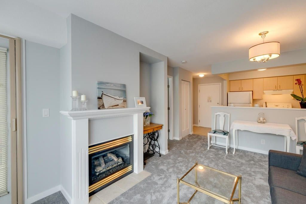 "Photo 6: Photos: 202 2266 ATKINS Avenue in Port Coquitlam: Central Pt Coquitlam Condo for sale in ""MAYFAIR TERRACE"" : MLS®# R2312108"