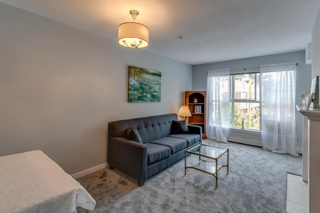"Photo 4: Photos: 202 2266 ATKINS Avenue in Port Coquitlam: Central Pt Coquitlam Condo for sale in ""MAYFAIR TERRACE"" : MLS®# R2312108"