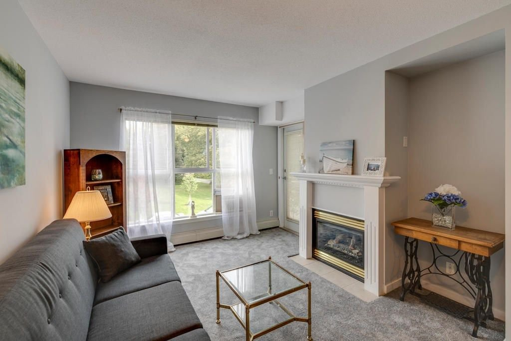 "Photo 5: Photos: 202 2266 ATKINS Avenue in Port Coquitlam: Central Pt Coquitlam Condo for sale in ""MAYFAIR TERRACE"" : MLS®# R2312108"