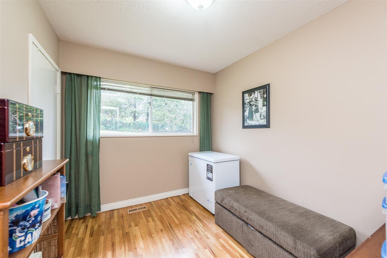 Photo 12: Photos: 1184 GLENAYRE Drive in Port Moody: College Park PM House for sale : MLS®# R2359619