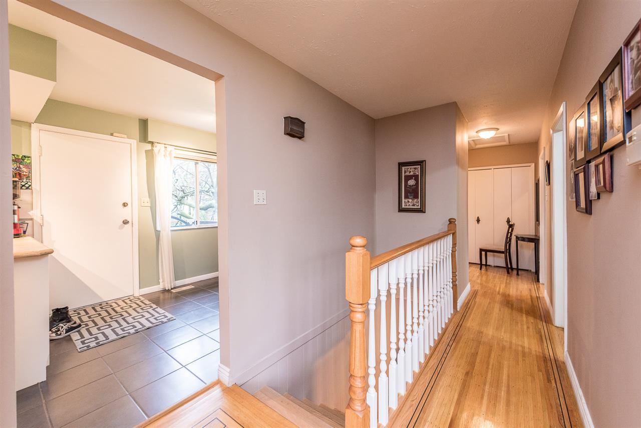 Photo 13: Photos: 1184 GLENAYRE Drive in Port Moody: College Park PM House for sale : MLS®# R2359619